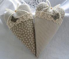 Herz mit Schmetterling im Landhaus-Stil von Feinerlei auf DaWanda.com