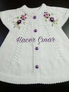 diy_crafts-This post was discovered by Ays Baby Cardigan, Baby Pullover, Baby Vest, Kids Knitting Patterns, Knitting For Kids, Crochet For Kids, Knitting Designs, Baby Embroidery, Knitted Baby Clothes