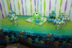 Daughters 3rd monster Birthday party. Cake and cakepops made by a friend of mine