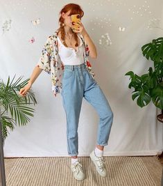 """@skieskiss :))   Peachy Aest on Instagram: """"Choose 1, 2 or 3🕊 ~ (follow @peachyaest for more🍑) Credit @mathilda.mai"""" Retro Outfits, Vintage Outfits, Cute Casual Outfits, Summer Outfits, 80s Style Outfits, Movie Inspired Outfits, 2000s Fashion Trends, Trendy Fashion, Fashion Outfits"""