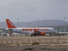 Canary Islands Spotting....Spotter: EasyJet   G-EZUD    Airbus A320    Fuerteventura  ...