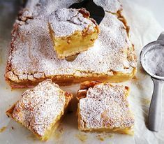 To-Die-For Pecan Pie Shortbread Bars Recipe Best Banana Bread, Banana Bread Recipes, Cake Recipes, Gluten Free Sweets, Gluten Free Baking, Healthy Deserts, Vegan Desserts, Vegan Scones, Shortbread Bars