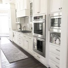 Modern Kitchen Interior Remodeling Elegant White Kitchen Cabinets Decor - Your kitchen is one of the most used rooms in your home and the one you spend most of your […] Kitchen Cabinets Decor, Kitchen Cabinet Design, Home Decor Kitchen, Interior Design Kitchen, Kitchen Appliances, Space Kitchen, Diy Kitchen, Kitchen Wood, White Appliances