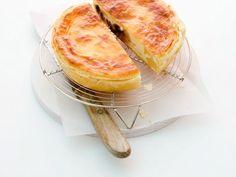 Kleine Birnen-Blätterteig-Kuchen ist ein Rezept mit frischen Zutaten aus der Kategorie Kernobst. Probieren Sie dieses und weitere Rezepte von EAT SMARTER!