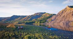 From British Columbia to Alaska crossing the northern Rockies, it's about untamed Best Places To Travel, Places To See, Alaska Highway, Camping Spots, Camping Gear, Grain Of Sand, Canadian Rockies, Camping World, British Columbia