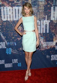 Taylor Swift, Dakota Johnson y otras estrellas en el aniversario de 'Saturday Night Live'