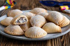 Italian Cookies, Italian Desserts, Mini Desserts, Empanadas, Cookie Recipes, Dessert Recipes, Ricotta Ravioli, Xmas Food, Valentine Treats