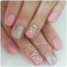 Ver esta foto do Instagram de @nails_franmachado • 145 curtidas Nailart, Instagram Posts, Beauty, Nail Jewels, Luxury Jewelry, Enamels, Engagement, Pictures, Beauty Illustration