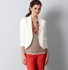 Office attire doesn't have to be black! We love this classy, bright business casual look for summer.