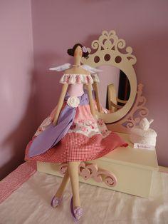 Princesa Tilda <3 BY A Fada Rosarinho https://www.facebook.com/pages/A-Fada-Rosarinho/156591247695850