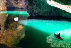 The most beautiful cave just 2 hours from Montreal California Camping, Go Camping, Camping Hacks, Camping Store, Places To Travel, Places To Visit, Places Around The World, The Great Outdoors, Kayaking