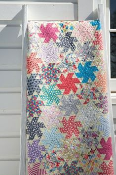 modern quilting designs Assorted happy colors dance across this eye-catching foundation-pieced throw. Vintage Quilts Patterns, Quilt Patterns, Antique Quilts, Quilting Ideas, Quilting Projects, Sewing Projects, Quilt Kits, Quilt Blocks, Modern Quilting Designs