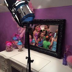 Behind the scenes at Kenzie music video shoot Dance Moms Mackenzie, Mackenzie Ziegler, Maddie Ziegler, Watch Dance Moms, Mack Z, Bae, The Perfect Girl, Happy Dance, Cute Gif