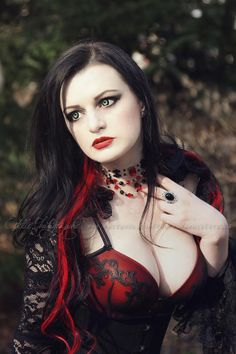Photo & edit: Estelle PhotographieModel & MUA: Alissa NoirJewellery: Nocturne Jewellery Welcome to Gothic and Amazing |www.gothicandamazing.org
