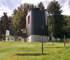 Lodge de pesca by Simon Gill Architects (Batak, Bulgaria) #architecture