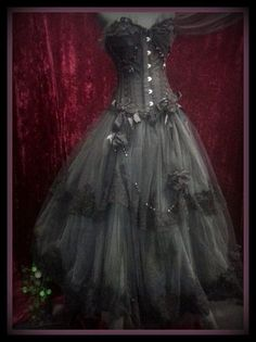 Stunning Black and Charcoal Wedding Bridal Formal Prom Gown Dress Gothic Parisian ONE OF A KIND !!!!!!