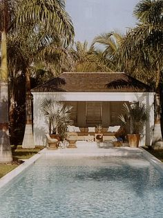 Elle Decor...this looks like the perfect little getaway, right in your own backyard.