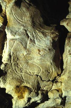 Ancient France ~ grotte gabillou - sorcier