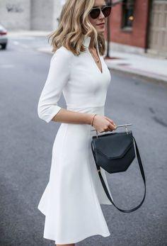 1e3569b56616e comment s habiller pour un baptême robe blanche super chic  style  modern  Mode