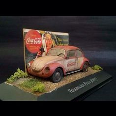 Volkswagen Fusca (1985) By: Leo Campos From: Abandoned miniatures #udk #usinadoskits #volkswagen #fusca #car #carro #miniart #miniarte #diorama #dioramas #dio