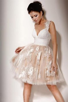 Id love the top of this on my wedding dresss!