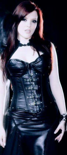 Ailyn, Sirenia Gothic Metal, Nu Metal, Dark Beauty, Gothic Beauty, Dark Fashion, Gothic Fashion, Gothic Bands, Heavy Metal Girl, Symphonic Metal