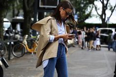 "John Hadjiandreou on Instagram: ""#NatashaGoldenberg #ohmyjohn by #JohnHadjiandreou #MFW #Milan #milanfw #milanfashionweek #style #streetstyle #fashion #FashionWeek #streetfashion #SS16"""