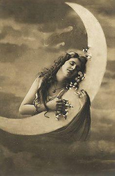 Beautiful Vintage Postcard...by mademoisellechrissie via Flickr.