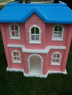 LARGE BARBIE-SIZE LITTLE TIKES DOLL HOUSE | I had this Barbie house and loved it..