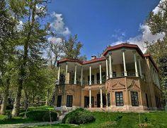 Niavaran palace. Tehran iran (persia). Photo by Armin khojasteh. #iran #iranshots #iranpics #iranphoto #mustseeiran #traveliran #travel #iranisgreat #igiran#persia #persiapic #ig_persia #persianimpire #tehranphoto #tehran #mustseetehran #niavaranpalace #palace #palace #canon6d #natgeo#amazingshot#spring .