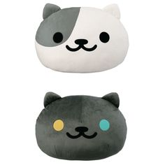Wish your home attracted cute kitties the way your Neko Atsume home does? Well, we can't necessarily make that happen, but we can help you add some Neko Atsume cuteness to your home with these Neko Atsume Super Big Face Plushies! Whether on your bed, couch, or chair, these cuties will add a sweet (and nice-feeling) touch to your home~ This release includes Lexy and Pepper, but you can also get the... #tokyootakumode #plushie #Cats #Neko_Atsume