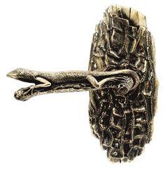 whimsical lizard/gecko door lever by Martin Pierce custom hardware Black Door Handles, Cabinet Door Handles, Knobs And Handles, Door Knobs, Commercial Door Hardware, Ear Tunnels, Knobs And Knockers, Design Your Dream House, Door Stopper