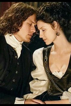 ❥Jamie and Claire❥                                                       …
