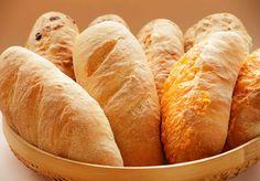 給食でおなじみ!コッペパン、揚げパンの由来と歴史をご紹介します。