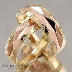 Gold engagement rings with the shining decoration