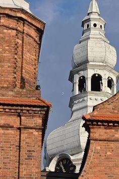 #Katowice #Nikiszowiec kościół na Placu Wyzwolenia #townhouse #kamienice #slkamienice #silesia #śląsk #properties #investing #nieruchomości #mieszkania