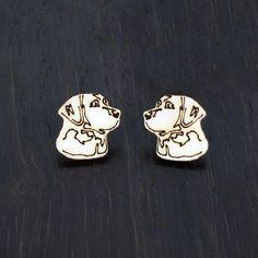 Labradorinnoutajan kasvot -korvakorut  Käy omasi tästä: Labradorinnoutajan kasvot -korvakorut ovat ihana vaihtoehto eläinten ystäville! Korvakorujen koko on 2 x 2 cm.  #samaskoru #korut #korvakorut Accessories, Fashion, Moda, Fasion, Trendy Fashion, La Mode, Jewelry