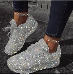 Glitter grey shoes amazing is part of Diamond shoes - Hype Shoes, Women's Shoes, Me Too Shoes, Shoe Boots, Jordan Shoes Girls, Girls Shoes, Shoes Women, Sneakers Fashion, Fashion Shoes