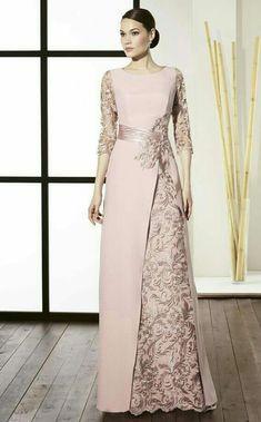 21 Ideas style hijab graduation for 2019 Elegant Dresses, Pretty Dresses, Beautiful Dresses, Formal Dresses, Mother Of Groom Dresses, Mothers Dresses, Gala Dresses, Bridal Dresses, Hijab Dress Party