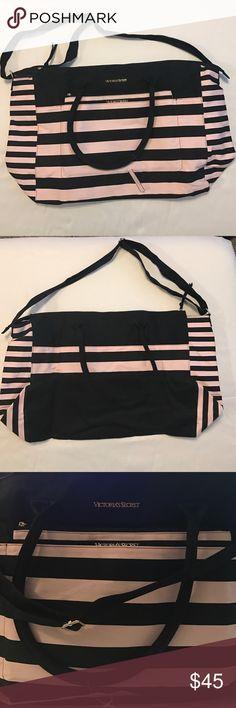 VS Duffle Bag NWT cute pink and black VS duffle bag Victoria's Secret Bags Travel Bags