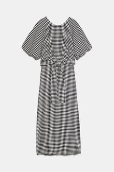 ZARA - Female - Houndstooth dress - Black / white - S Amanda Holden, Houndstooth Dress, Zara Women, New Dress, Short Sleeve Dresses, Female, Dress Black, Black White, Trends
