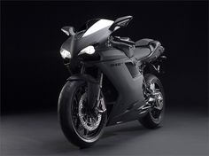 Ducati Superbike 848 EVO (2011) - Hersteller: Ducati Land: Baujahr: 2011 Typ (2ri.de): Superbike Modell-Code: k.A. Fzg.-Typ: k.A. Leistung: 140 PS (103 kW) Hubraum: 849,4 ccm Max. Speed: k.A. Aufrufe: 9.195 Bike-ID: 2623