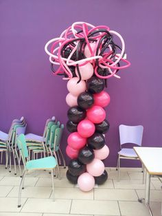 Funky balloon column. Balloon column.  #balloon-column #balloon-decor
