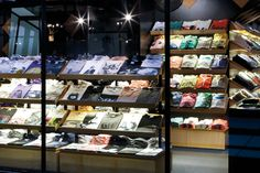 Awesome t-shirt retail concept in Australia