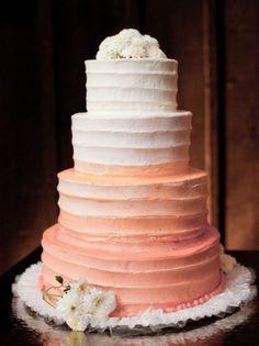 Wedding cake idea; Featured Photographer: Emily Wren Photography