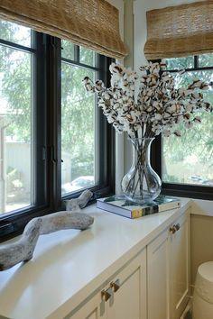 Unique Home Decor Ideas. This cotton balls bouquet is a very unique home decor idea! #Interiors