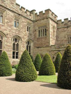 Hampton Court Castle, Herefordshire, England