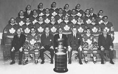 1967 Toronto Maple Leafs win the Stanley Cup. Hockey Teams, Ice Hockey, Hockey Baby, Maple Leafs Hockey, Stanley Cup Champions, Nhl Players, Canadian History, Vancouver Canucks, National Hockey League