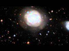 Une incroyable galaxie en forme de fleur photographiée par le télescope ...