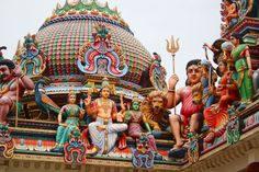 Sri Mariamman Temple, Singapore. Image by Jorge Cancela. Flickr CC BY 2.0